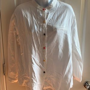White linen button down, colored buttons, Fits S/M